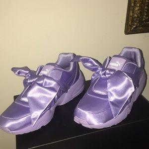 d9187d55f555 Puma Shoes - Women s Fenty Puma Bow Sneaker Size US 7